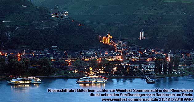 Rheinschifffahrt Mittelrhein-Lichter zur Weinfest-Sommernacht in den Rheinwiesen von Bacharach am Rhein
